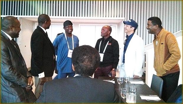 Une ambiance festive pour l'équipe africaine après leur grand triomphe lors de la réunion.