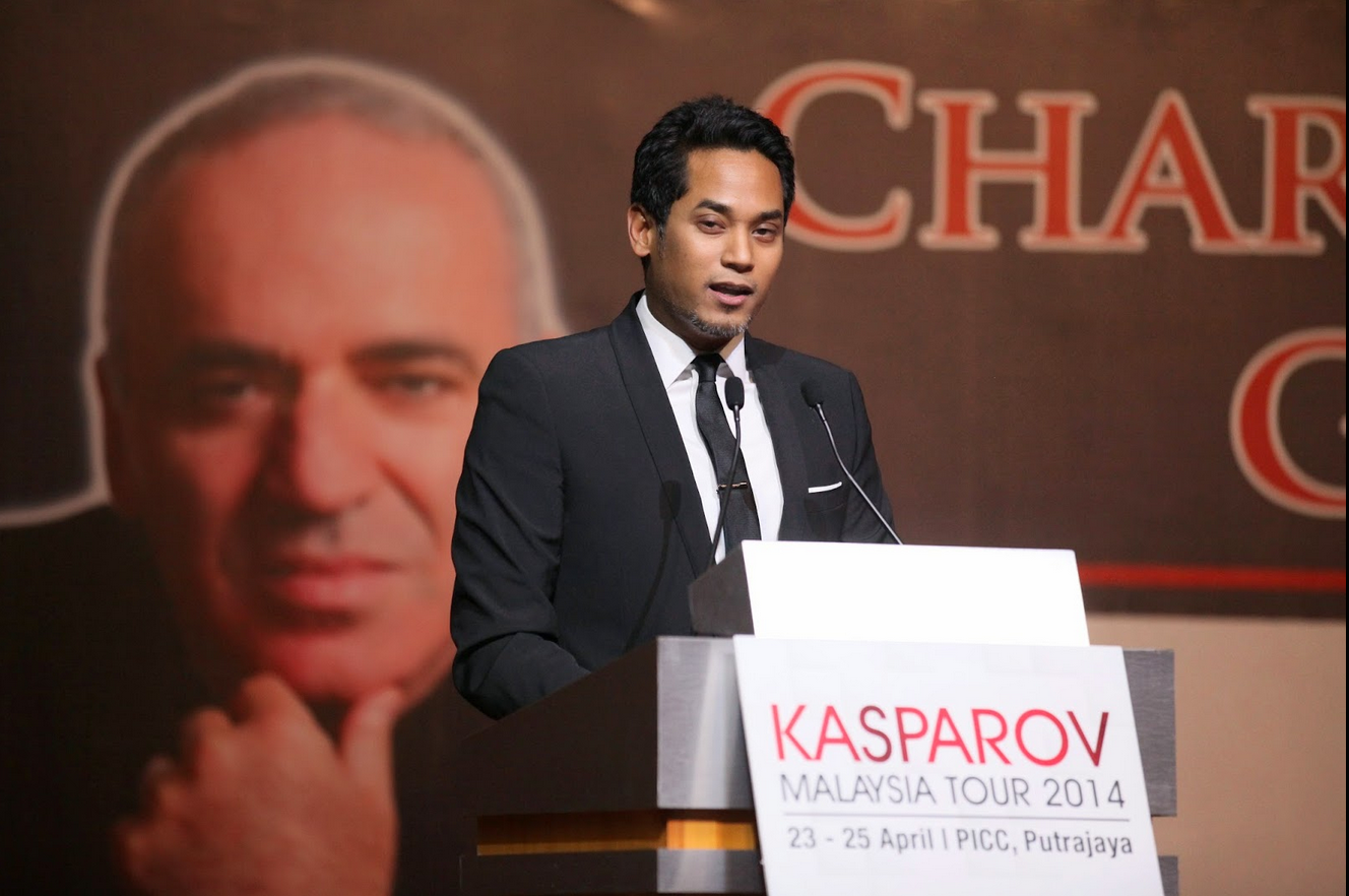 Khairy Jamaluddin publicly endorsing Garry on behalf of the Malaysian Chess Federation for FIDE President