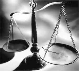 broken-scales-justice